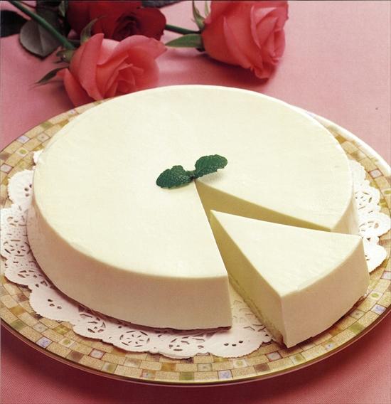 レアチーズケーキ 2,240円