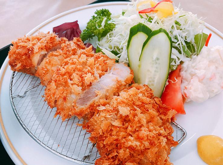 国産豚ロースかつ膳 1,580円